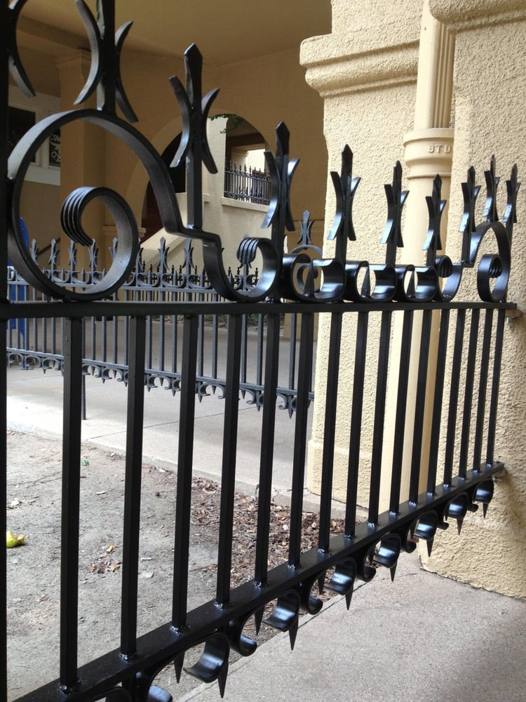 Gladiator Fence