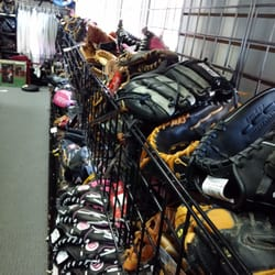 Play It Again Sports 22 Reviews Sporting Goods 446 Crossroads Blvd Cary Nc Phone Number Yelp