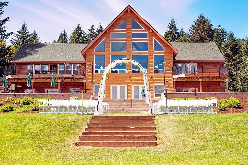 Diamond Woods Golf Course: 96040 Territorial Rd, Monroe, OR