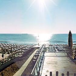 Bagno Holiday 305 Bis Beach Bars Via Xi Traversa Pineta Milano