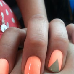 French tip manicure history