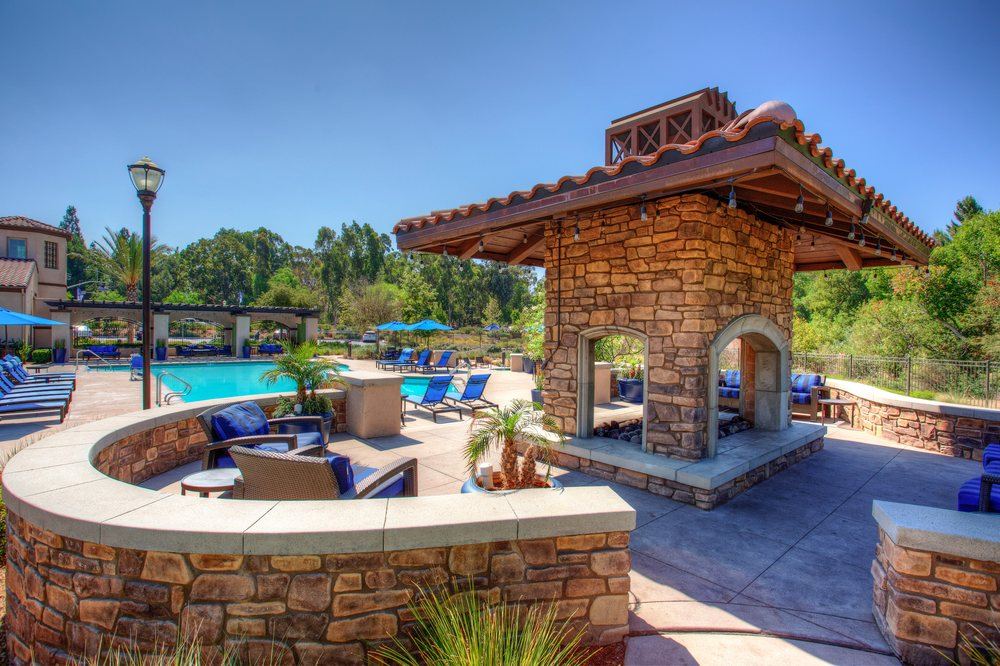 Palisades at Sierra Del Oro: 2300 Palisades Dr, Corona, CA