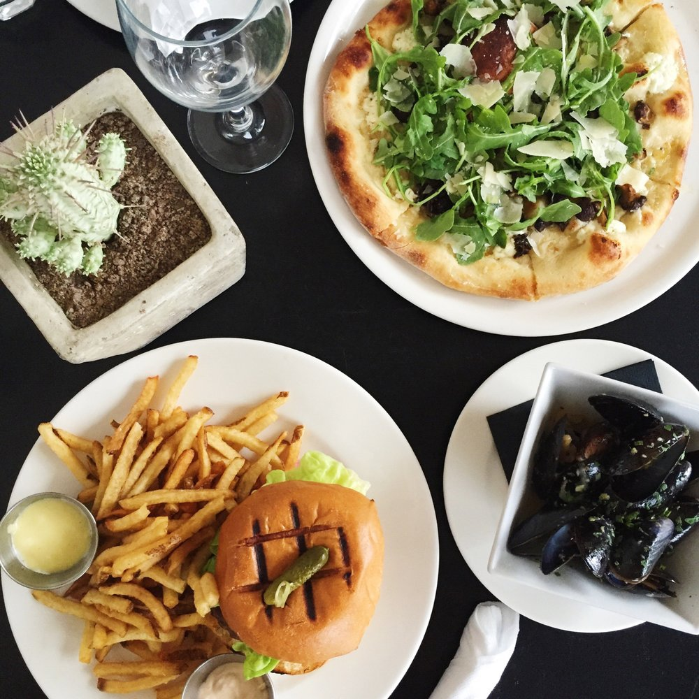 The Burger, Mussles, And Mushroom Pizza