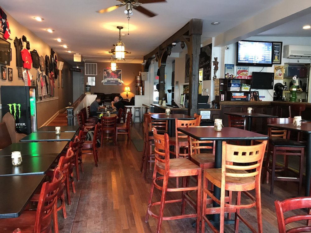 Village Idiot Brewing Company: 42 High St, Mount Holly, NJ