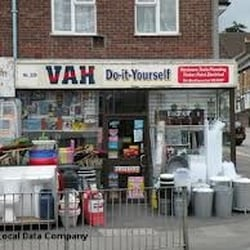 Vah d i y supplies hardware stores 339 high street photo of vah d i y supplies berkhamsted hertfordshire united kingdom solutioingenieria Image collections