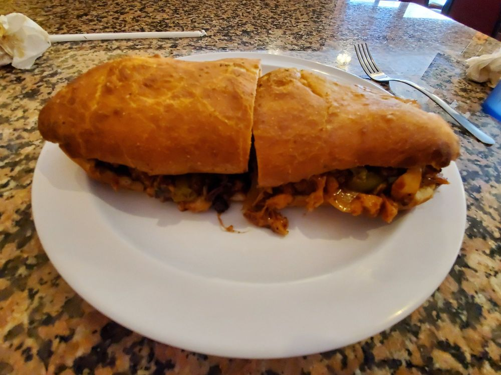 B&G Pizza: Hampton Square, Hampton, AR