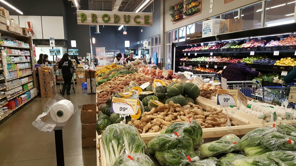 There 39 s a small produce section yelp for Fish market las vegas