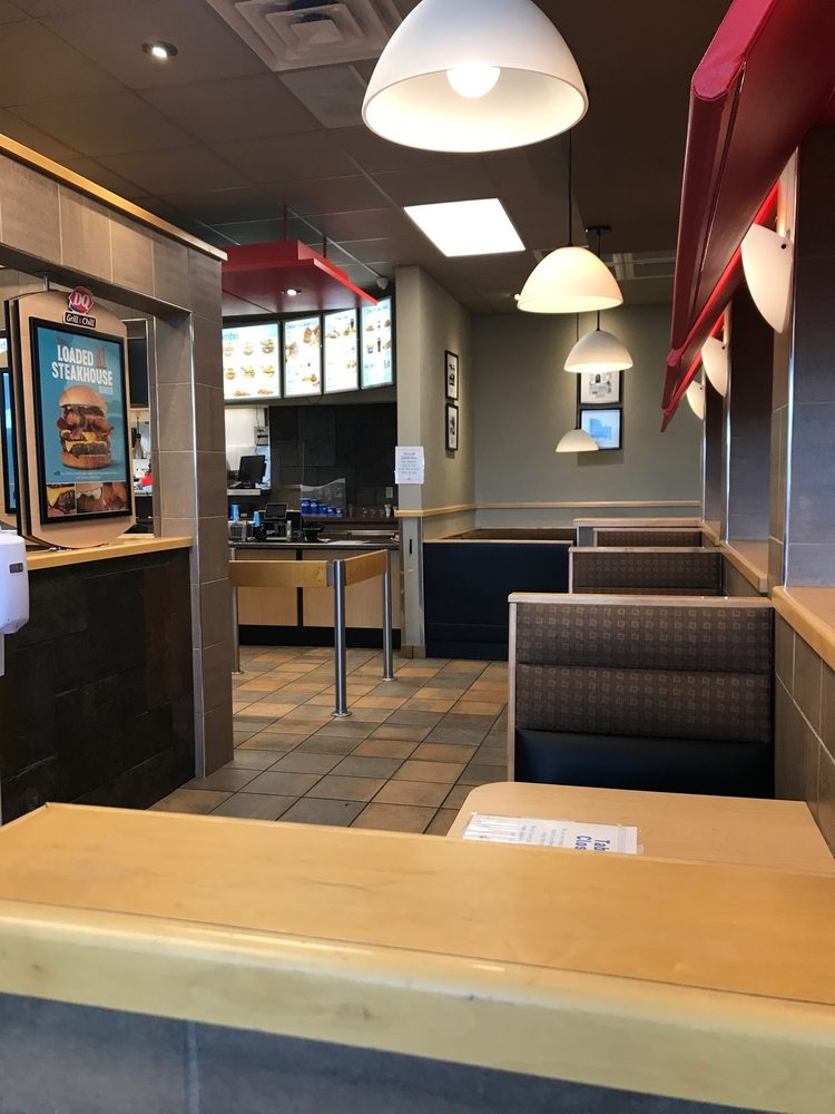 Dairy Queen Grill & Chill: 37A SW 1st Ln, Lamar, MO