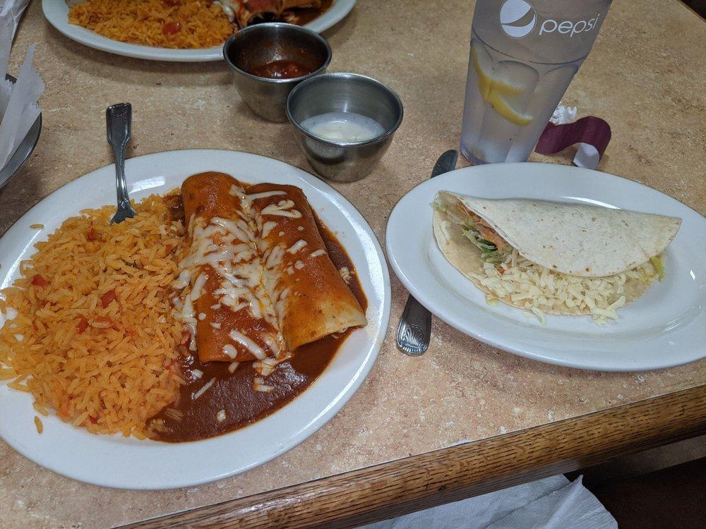 Don Valerio's Mexican Restaurant: 25224 Lankford Hwy, Onley, VA