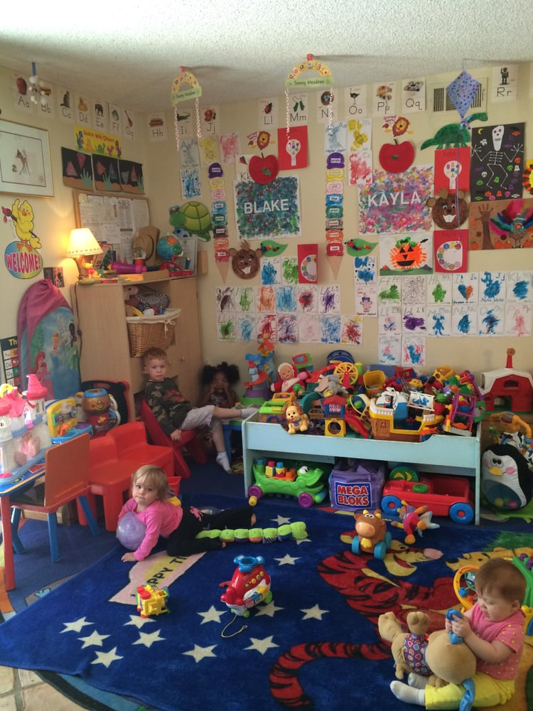 Daydreamer's Daycare & Preschool: 2685 Calle Bienvenido, Thousand Oaks, CA