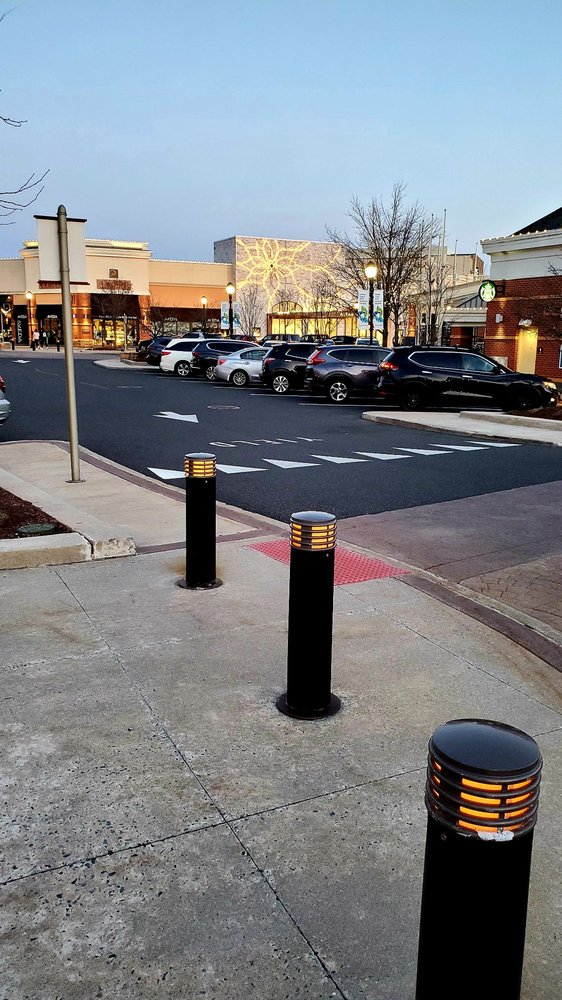 The Promenade Shops at Saucon Valley: 2845 Ctr Valley Pkwy, Center Valley, PA