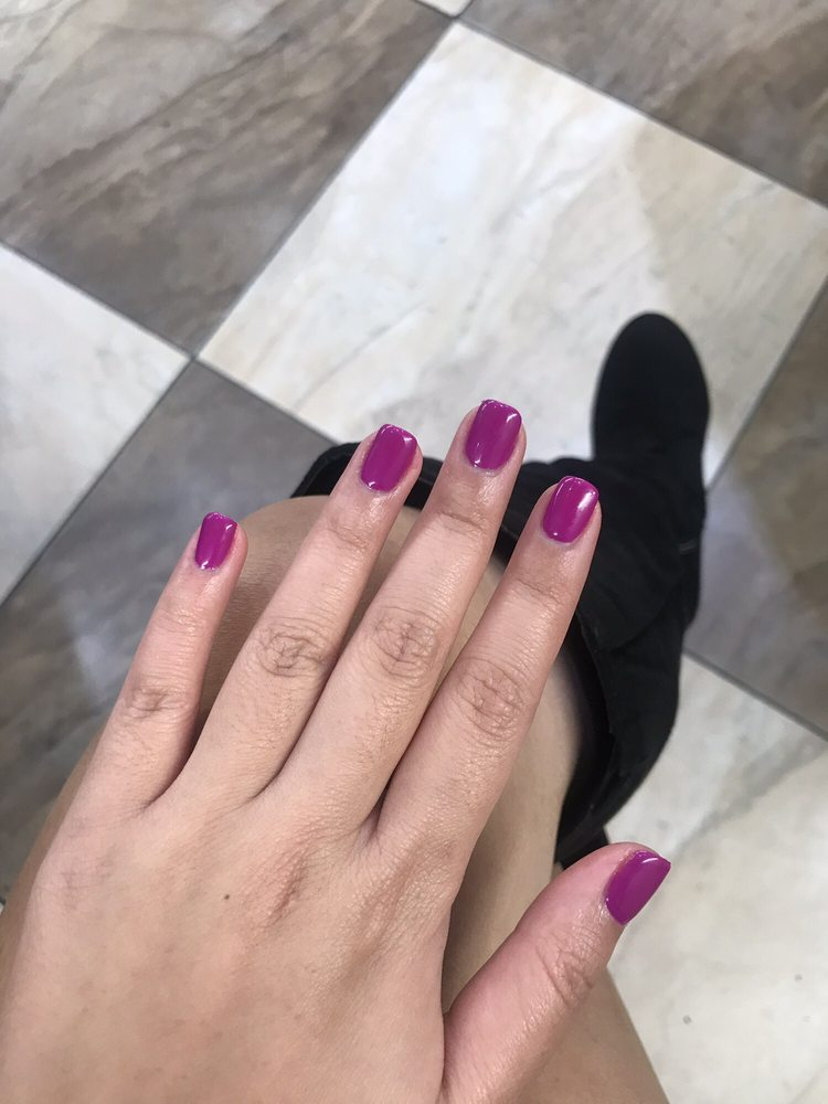 Le Nails & Spa: 1365 N Willow Ave, Clovis, CA