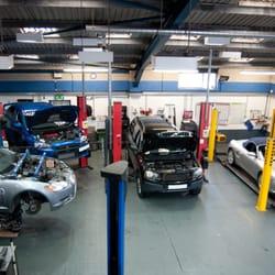 Photo Of Elite Garage Services   Newbury, West Berkshire, United Kingdom.  Clean,