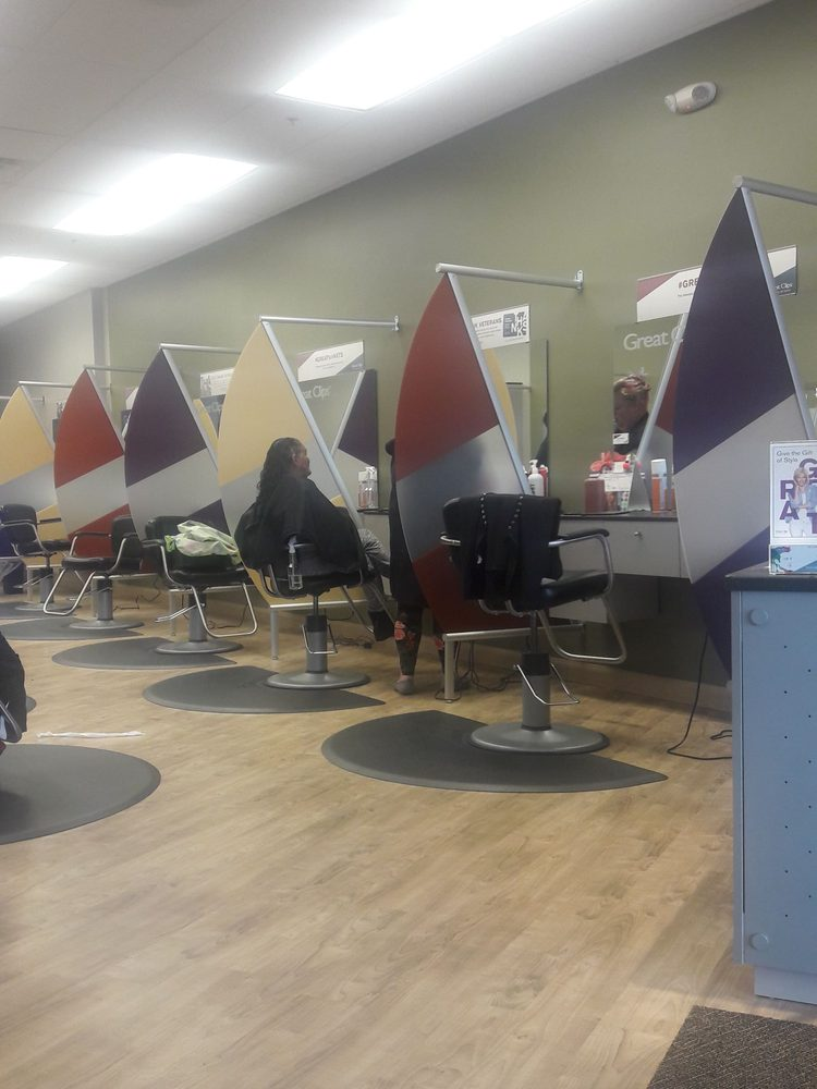 Great Clips: 946 Bay Ridge Rd, Annapolis, MD
