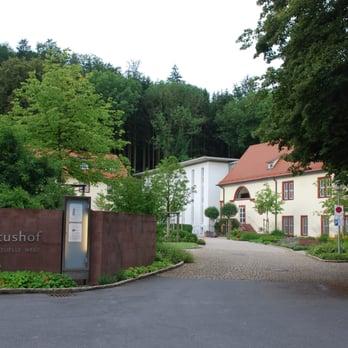 Benediktushof Holzkirchen benediktushof 18 fotos meditation klosterstr 10 holzkirchen
