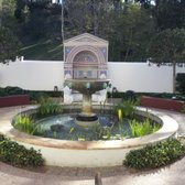 'Photo of The Getty Villa - Pacific Palisades, CA, United States. outdoor fountain' from the web at 'https://s3-media4.fl.yelpcdn.com/bphoto/uLoCoAqEVxUCRnTjruaWng/168s.jpg'