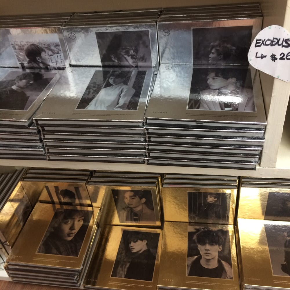exo s exodus albums honestly they were pretty cheap considering i