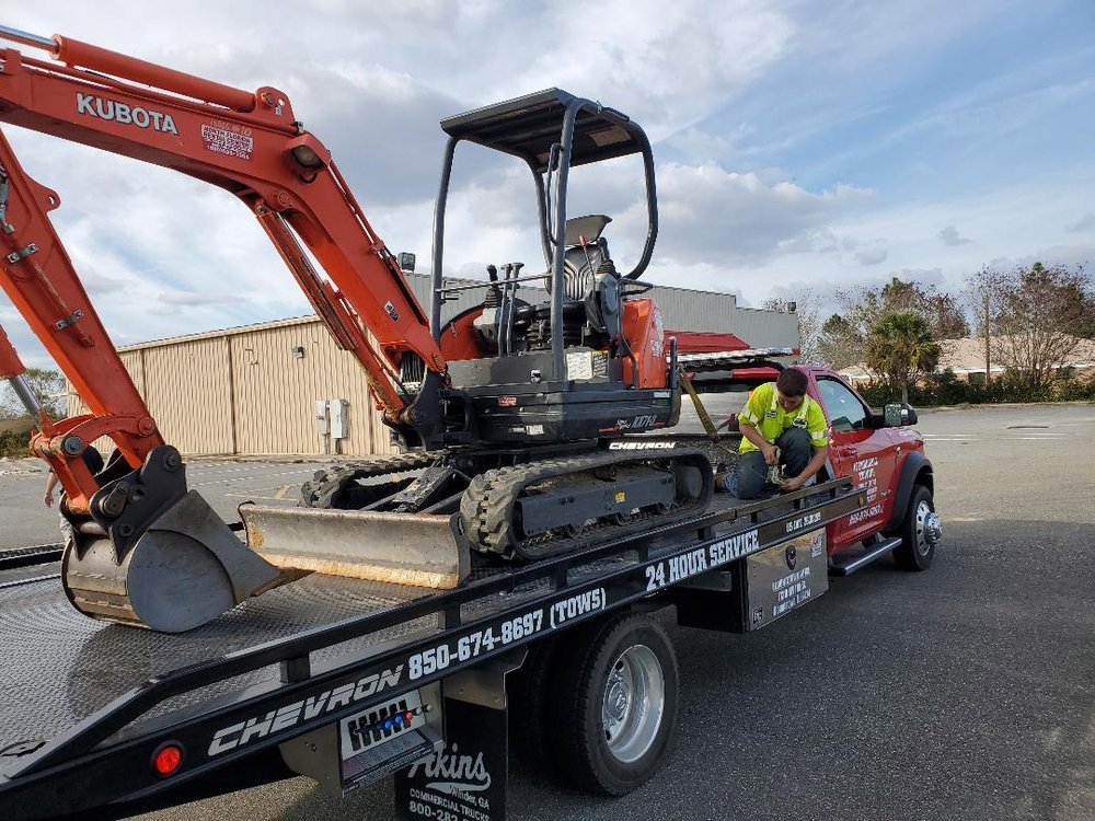 Affordable Towing: 18329 Main St N, Blountstown, FL