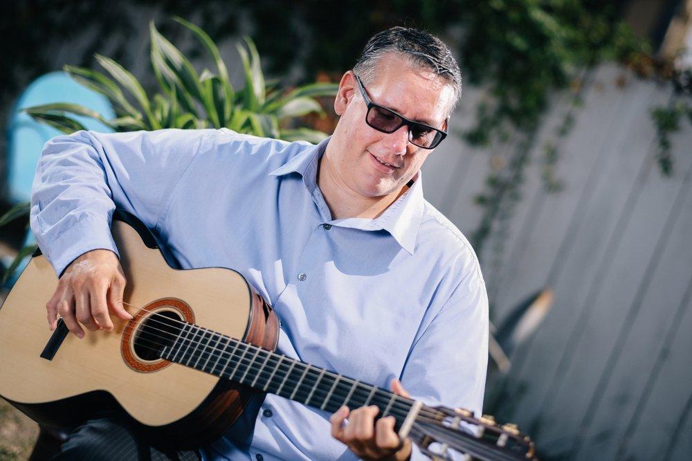 Alex Guillen Music