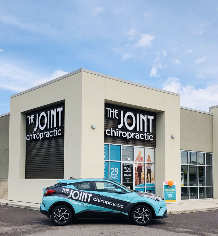 The Joint Chiropractic: 2151 N Rock Rd, Derby, KS