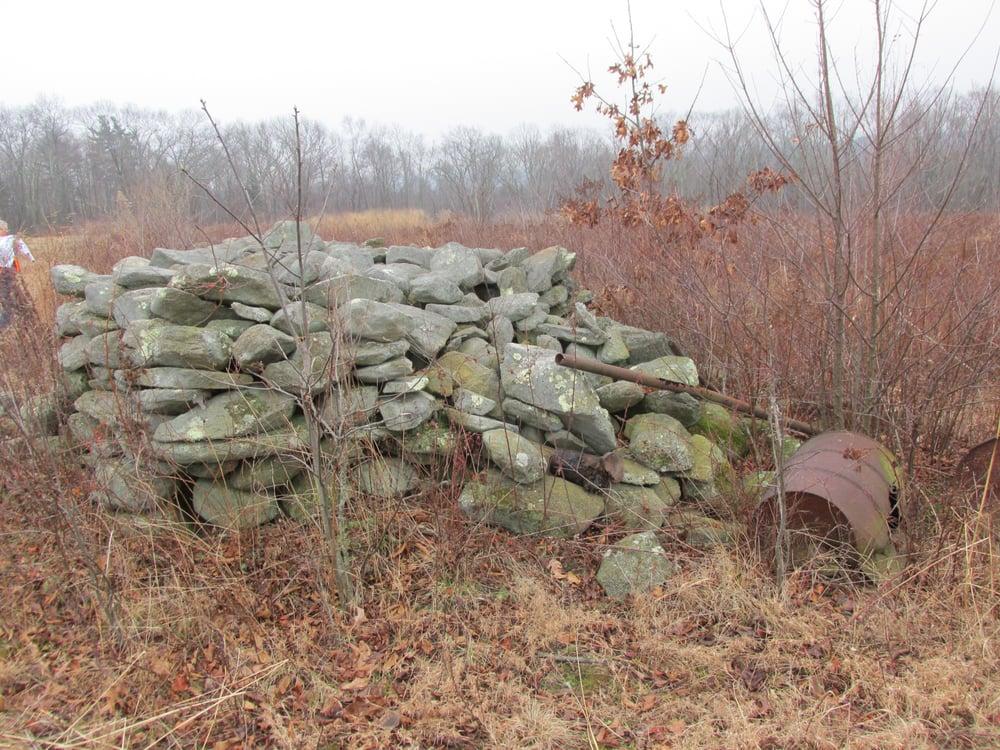 Steere Hill Trail: Putnam Pike, Glocester, RI