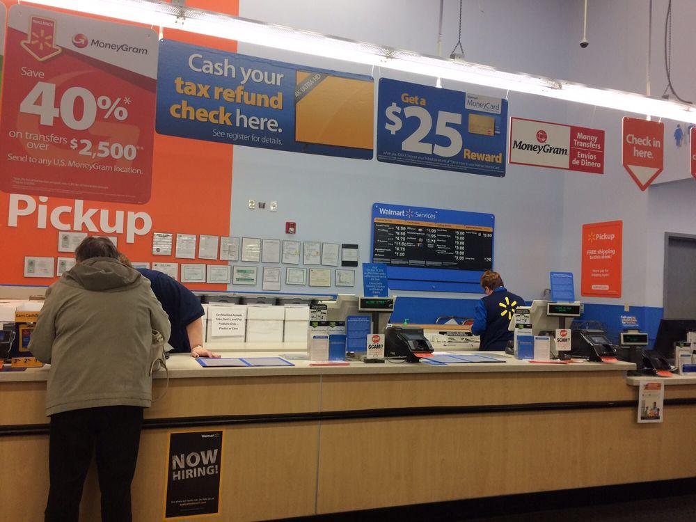 Walmart Supercenter: 103 E Carlisle, Maquoketa, IA