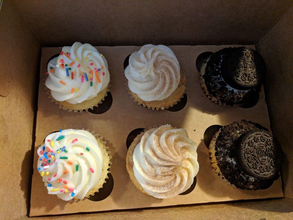 Sweet Shenanigans Cupcakery: 3610 Old Philadelphia Pike, Gordonville, PA