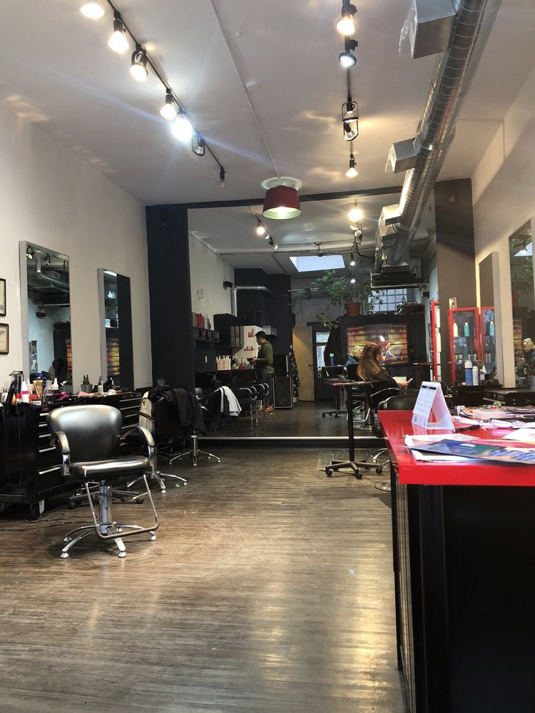 Photo of Karma Salon & Gallery: Chicago, IL