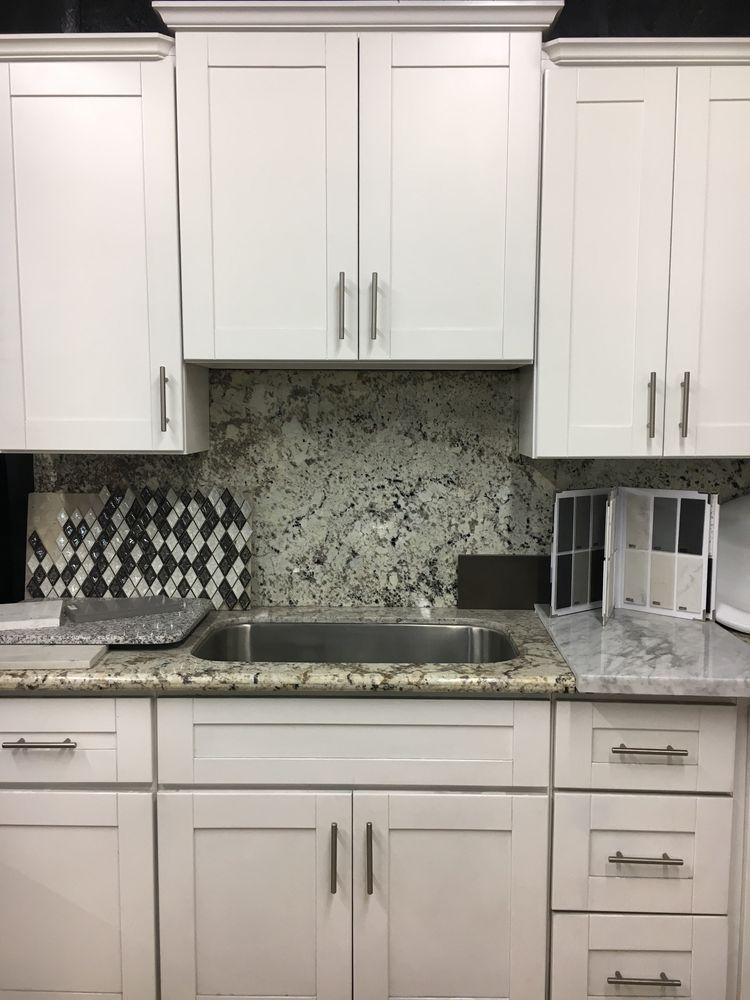 White Shaker Kitchen Cabinets With Alaska White Granite