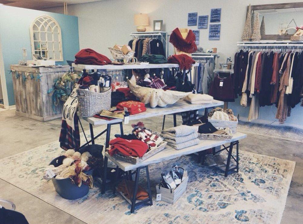 Shoreline Sugars Boutique: 1438 Apollo Beach Blvd, Apollo Beach, FL
