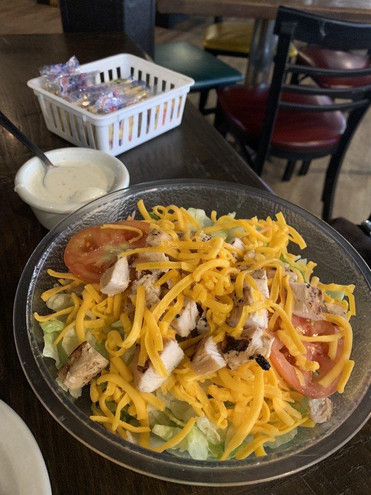 Dieter Brothers Restaurant: 401 E Hwy 82, Lindsay, TX