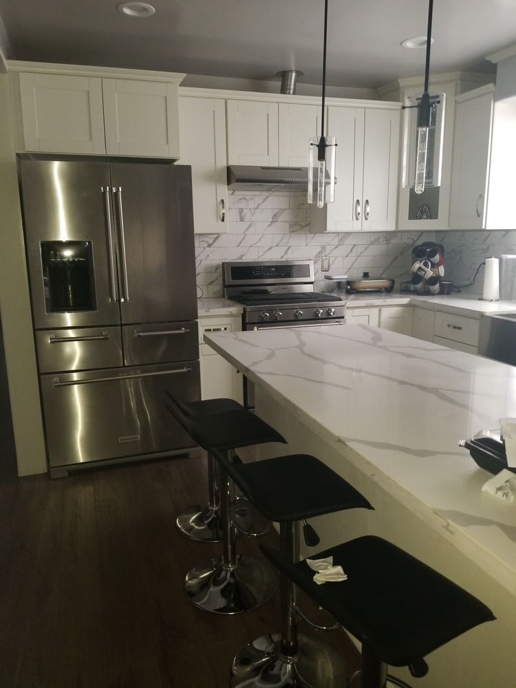 Best Deal In Town. Great Kitchens At 1/2 The Cost. 3500 For ...