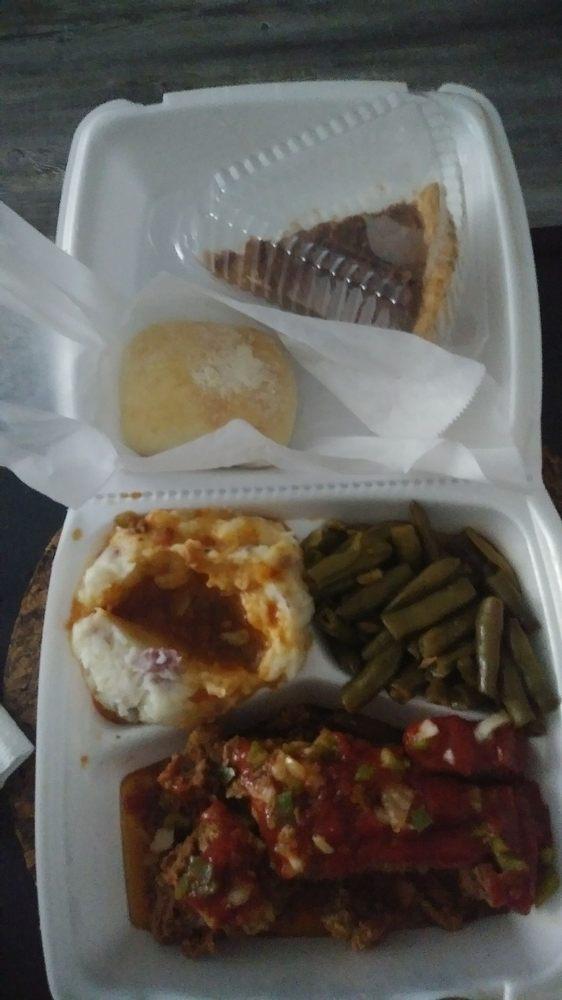 Octagon Cafe: 2400 N Columbia St, Milledgeville, GA