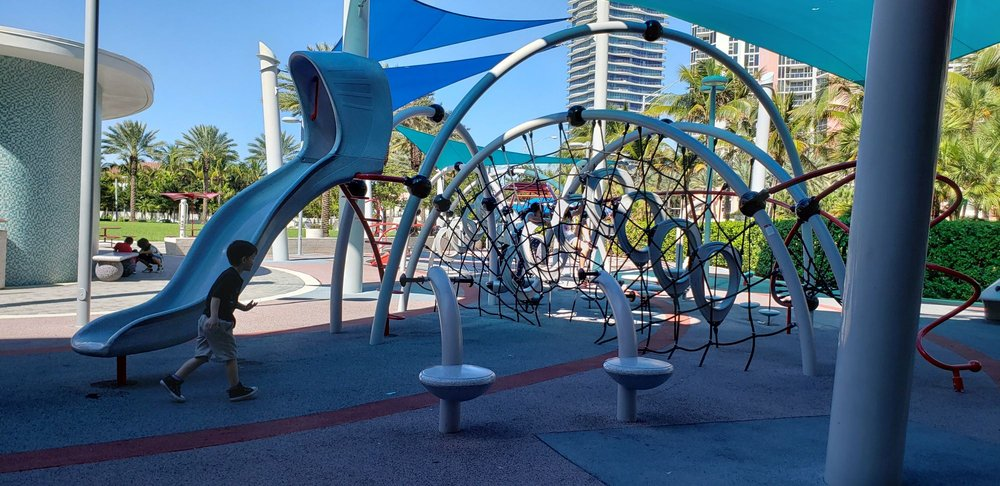 Heritage Park: 19200 Collins Ave, Sunny Isles Beach, FL