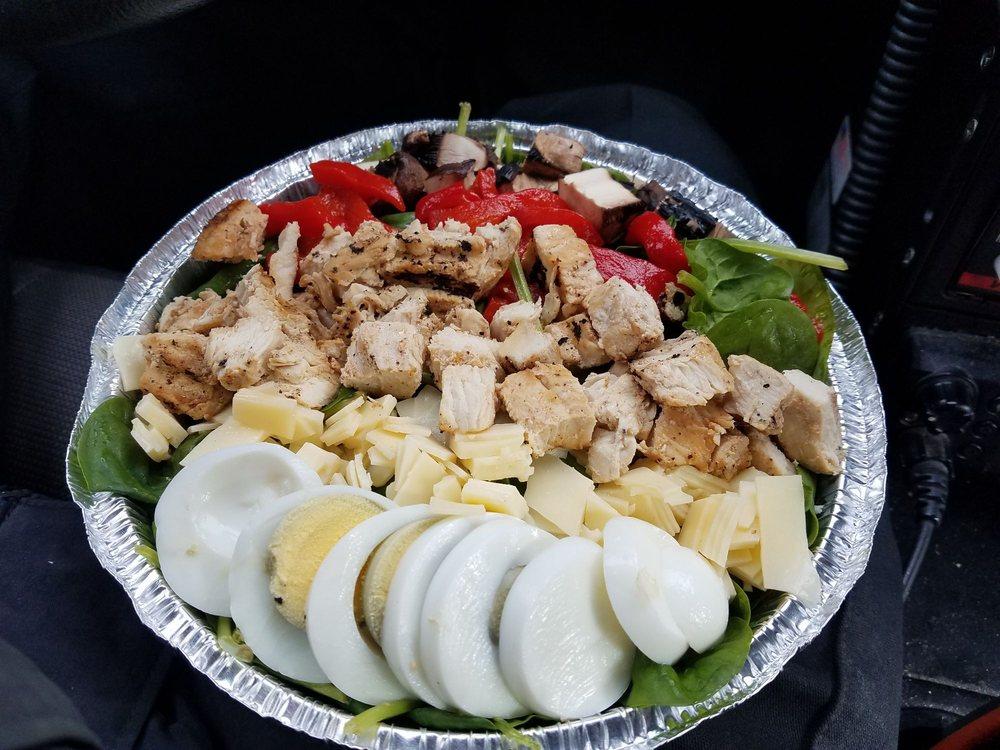 Prisco's Gourmet Deli and Caterer: 1355 Montauk Hwy, Mastic, NY