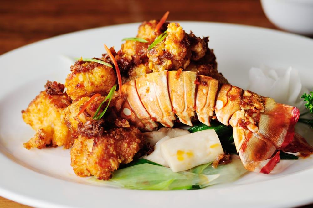 26 Thai Kitchen & Bar: 541 Main St NE, Atlanta, GA