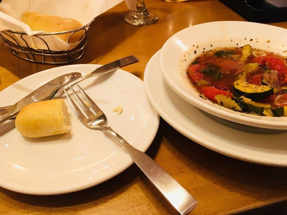 Olive garden italian restaurant 137 photos 151 reviews italian 2710 w north ln phoenix for Olive garden locations phoenix