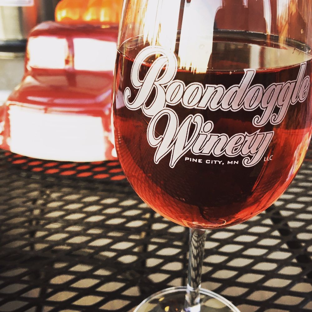 Boondoggle Winery: 31575 St Croix Rd SE, Pine City, MN