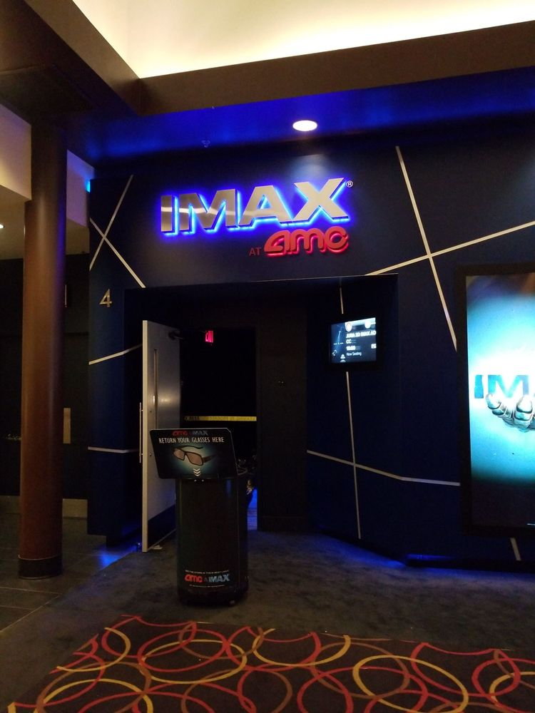AMC Fresh Meadows 7 Gifts in New York - Gift a Panda