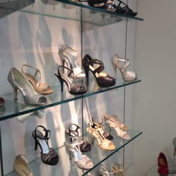 Waltz Shoe Store In El Paso