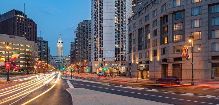 embassy suites hotel center city 209 photos 259. Black Bedroom Furniture Sets. Home Design Ideas