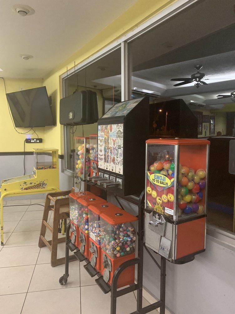 Coco's Pizza: Carretera 116 S/N, Lajas, PR
