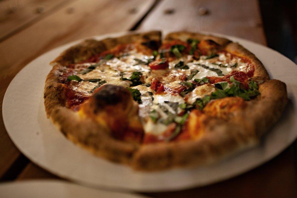 Happy Pizza Company: 108 Royal St, Salado, TX
