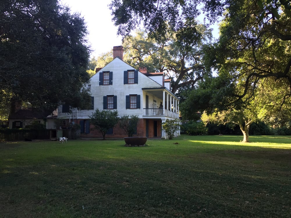 Lafayette House Bed And Breakfast