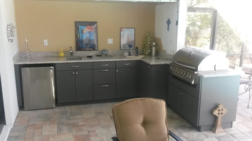 Attrayant Photo Of Lanai Kitchens   Largo, FL, United States. Werever Cabinetry With  Grill