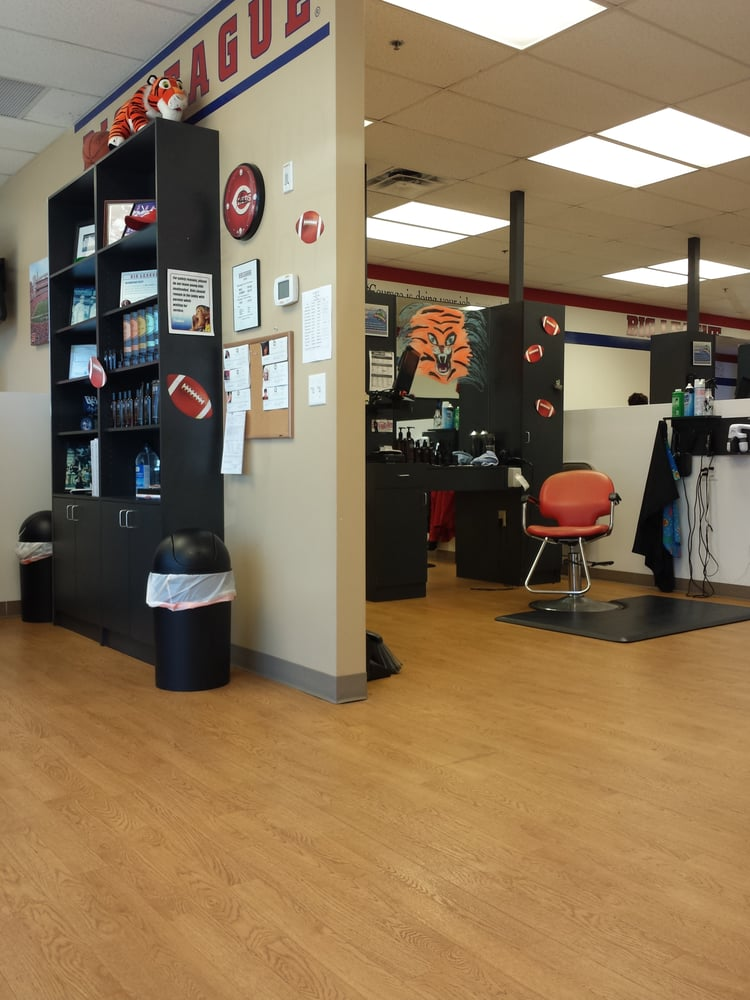 Big League Haircuts Barbers 592 Clock Tower Way Fort Mitchell
