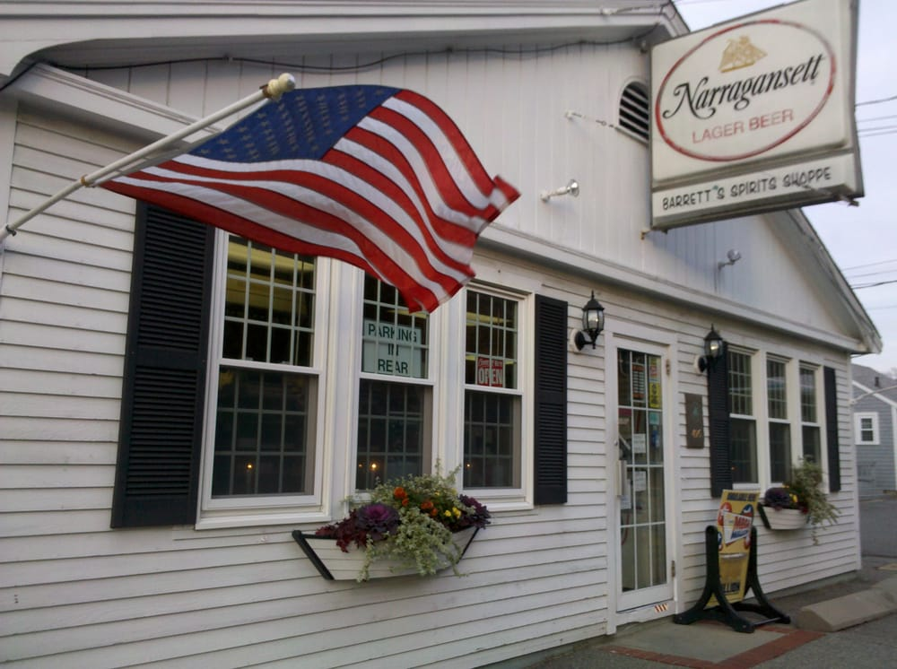 Barrett's Spirits Shoppe: 495 Rt 6A, East Sandwich, MA