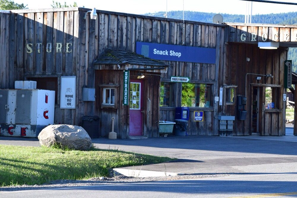 Sierraville Service & Country Store: 126 S Lincoln, Sierraville, CA