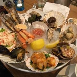 Seafood bar spui 104 foto 39 s 41 reviews vis spui 15 for Seafood bar van baerlestraat amsterdam