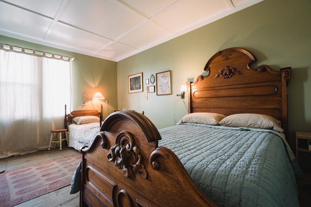 Gilded Drifter Inn: 820 Main St, Loyalton, CA